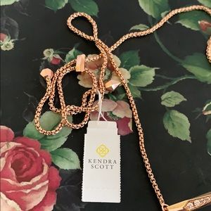Kendra Scott Jewelry - Kendra Scott rose Gold Statement choker